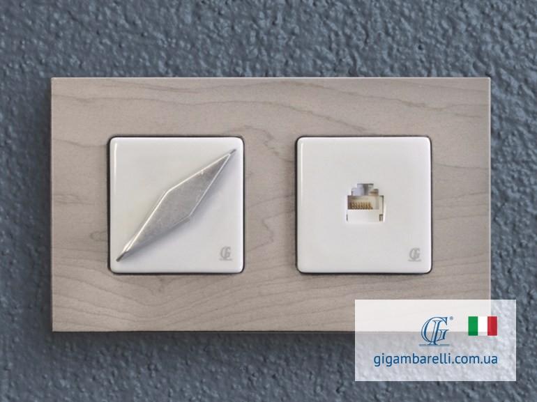Порцеляновий квадратний вимикач COMPASS (хром) та квадратна порцелянова телефонна розетка - серія Arreda