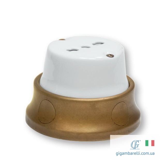 Розетка – італійський стандарт / серія Fusion
